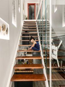 Cambio de uso, escalera vistas al baño loft en Madrid - mrdos proyectos, arquitectura y construcción